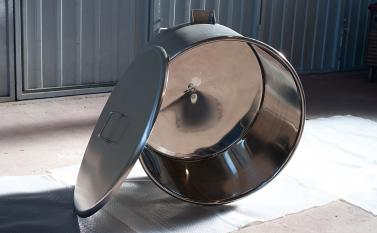 Hoppers and tanks